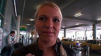 Adorabile ragazza ceca scopa per soldi