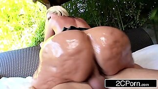 Notorious Big Booty Blonde Bimbo Alena Croft Tries out Anal for the First Time