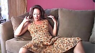Saucy old spunker loves to fuck her fat juicy pussy U